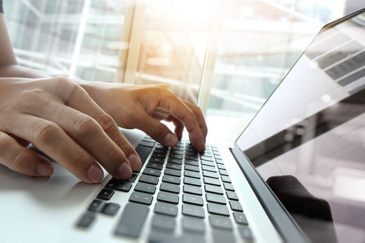 rédacteur web : l'avenir se tape sur un clavier