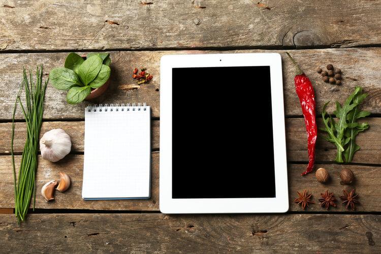 rédaction web et cuisine un mariage épicé