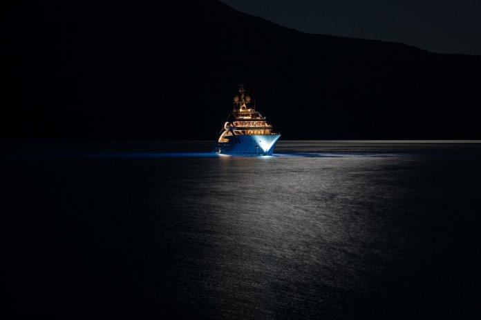 yaxht-super-yacht-mega-yacht-yacht-ace-yacht-mega-yacht-super-yacht-night-lights-sea-mountain