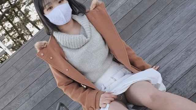 FC2PPV 1740261 27まで【無修正】上京してきた色白素朴少女。お泊り連続中出し