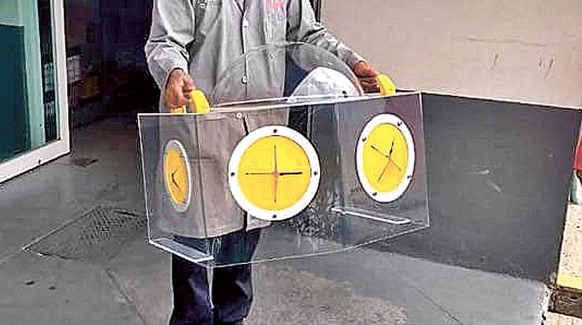 Académica de la UAEM entrega cámaras de intubación a hospitales públicos