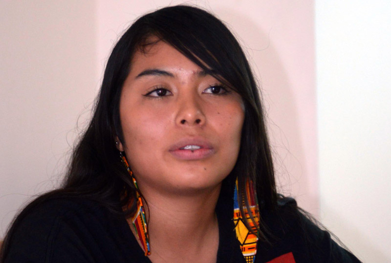 Prevalece discriminación hacia mujeres con cabello afro: Universitaria UNAM