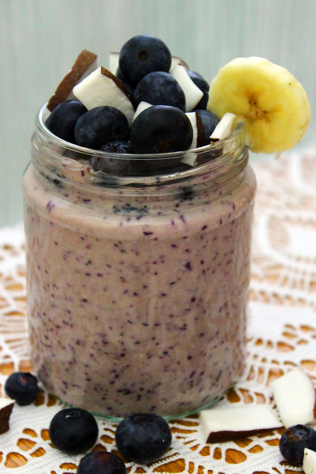 Blueberry Banana and Coconut Smoothie