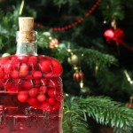 Cranberry Infused gin from Supper in the Suburbs is a fantastic gift idea for gin lovers Find out how to make it here