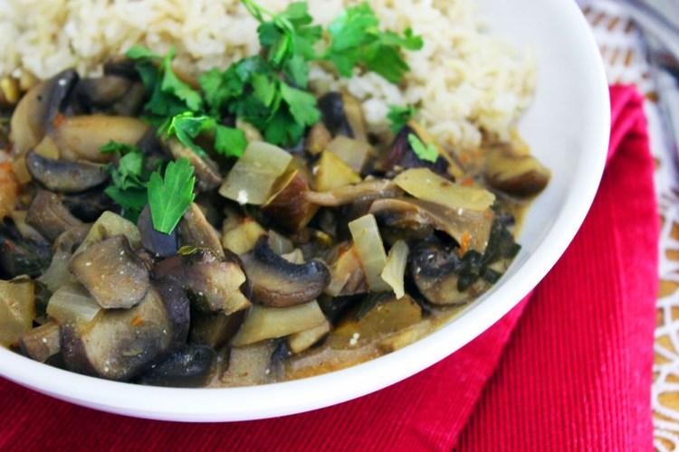 Mushroom Stroganoff with fresh parsley and plain rice