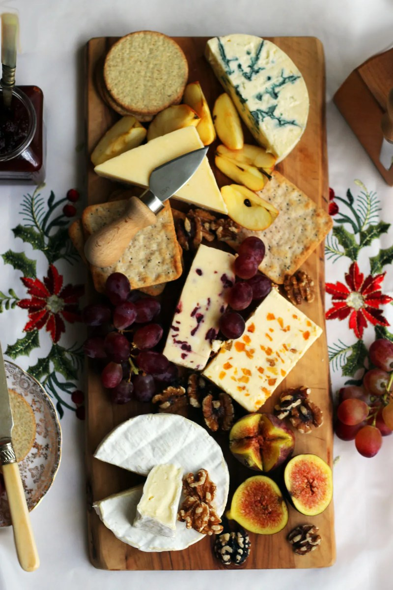 Find out how to make the perfect Christmas Cheese Board from Supper in the Suburbs