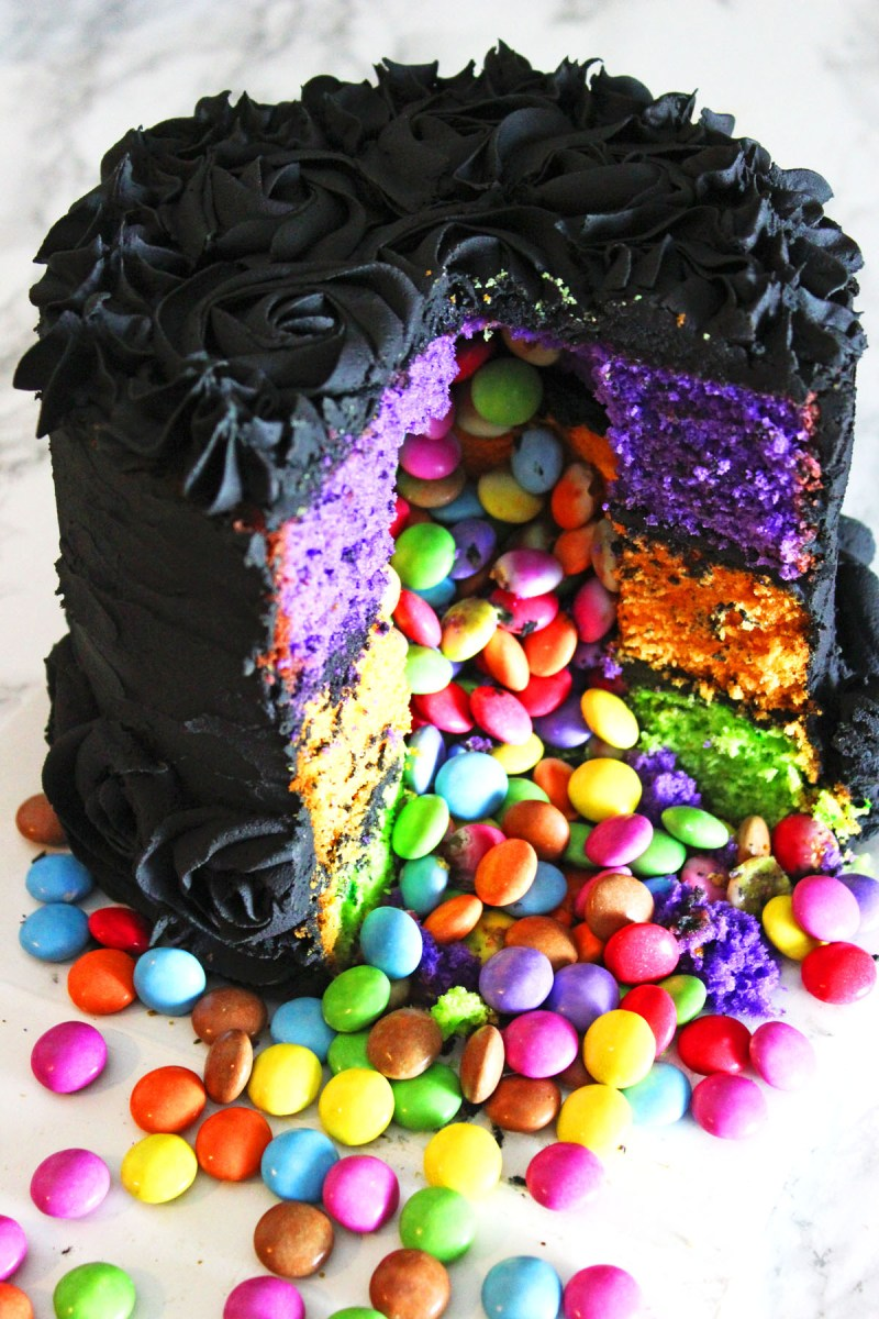 Halloween Pinata Cake from Supper in the Suburbs