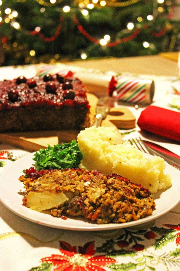 This Christmas Nut Roast is the perfect main course for vegetarians on Christmas Day! Get the recipe for this tasty dinner on Supper in the Suburbs.