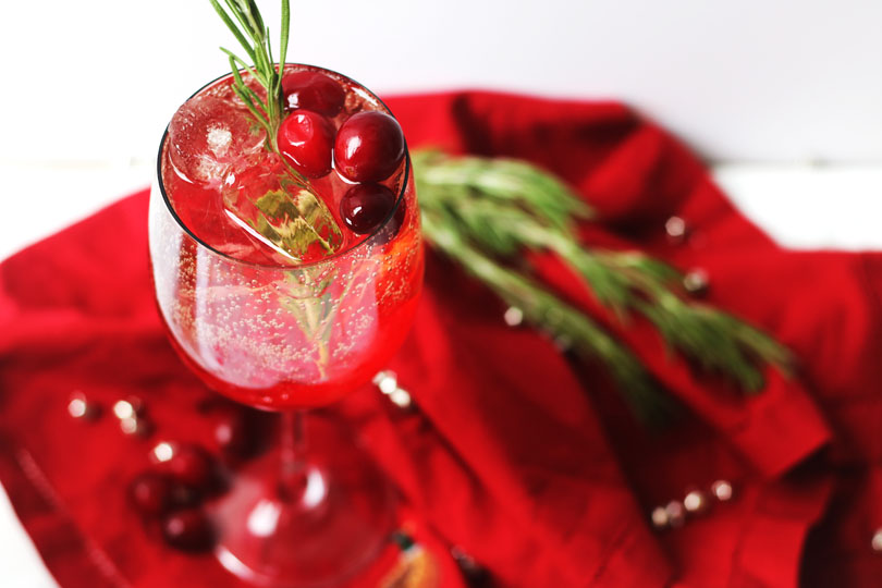 Cranberry Aperol Spritz, a Christmas Cocktail