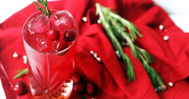 Cranberry & Amaretto, a Christmas Cocktail