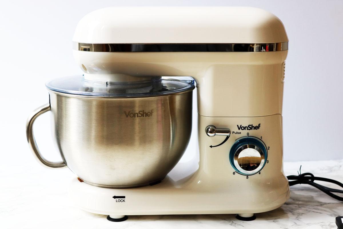 VonShef 1260W Cream Stand Mixer from Domu