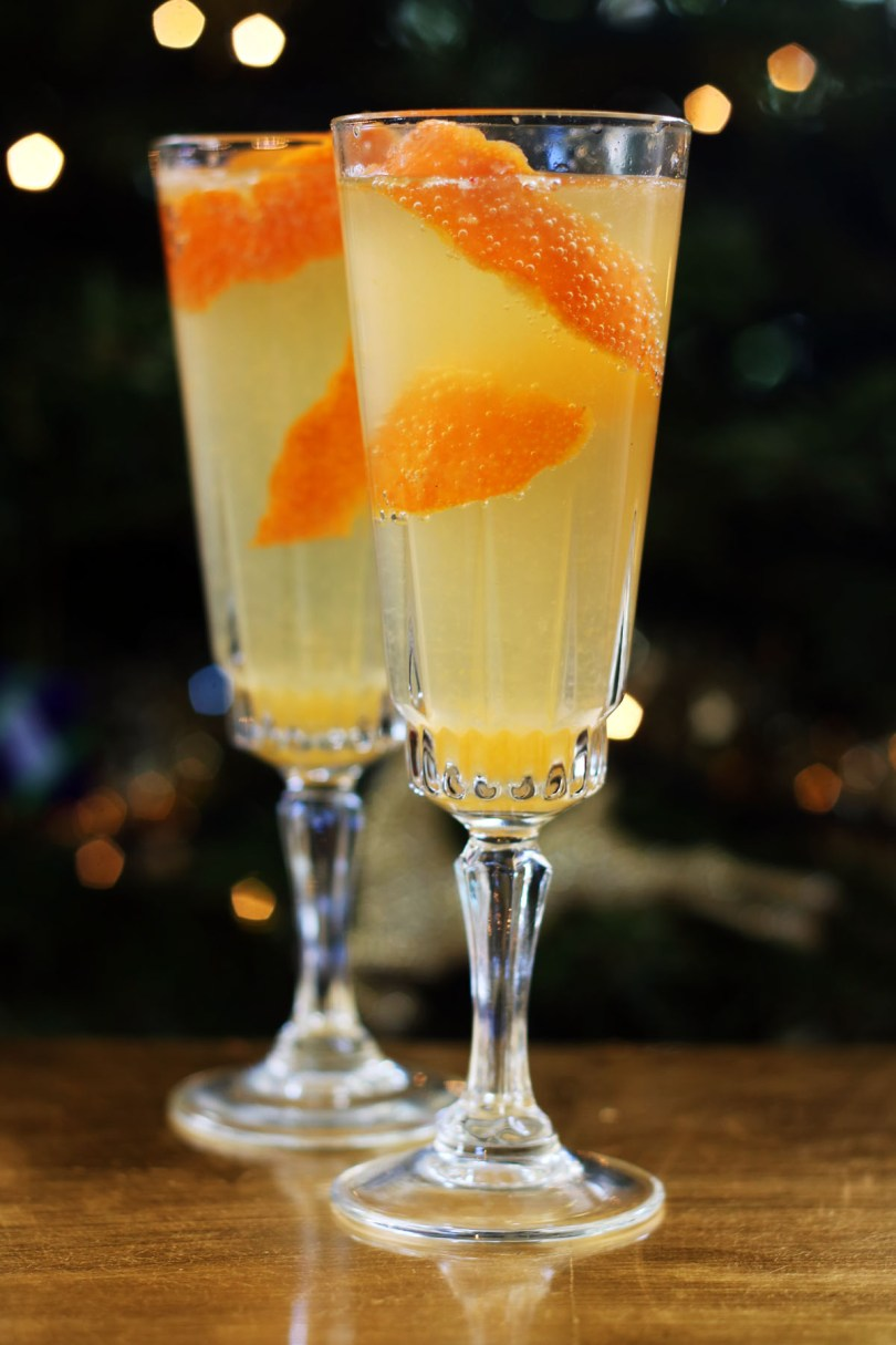 Celebrate the New Year with this delicious Clementine Mimosa, made with fresh clementine juice and prosecco.