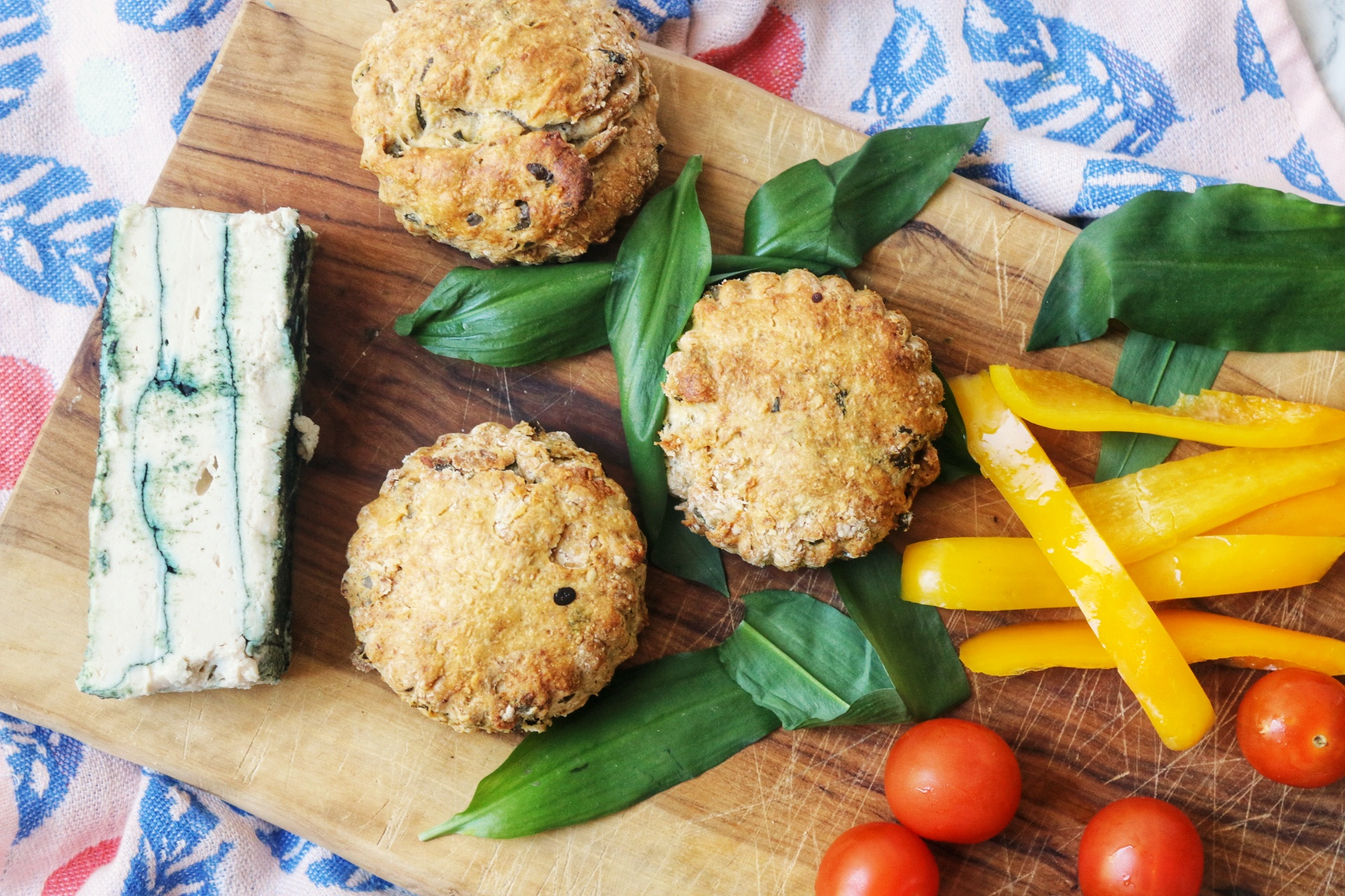 Wild Garlic Sourdough Scones (vegan)