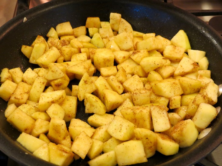 Apple Cinnamon Pancakes cook down the apples - at the start of cooking