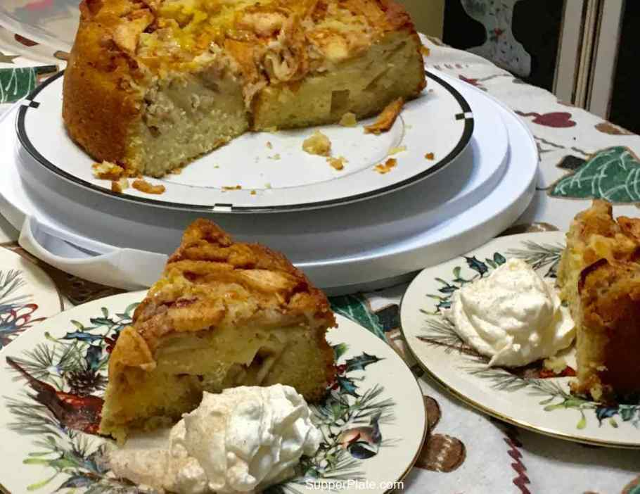 Apple Cinnamon Cake serving