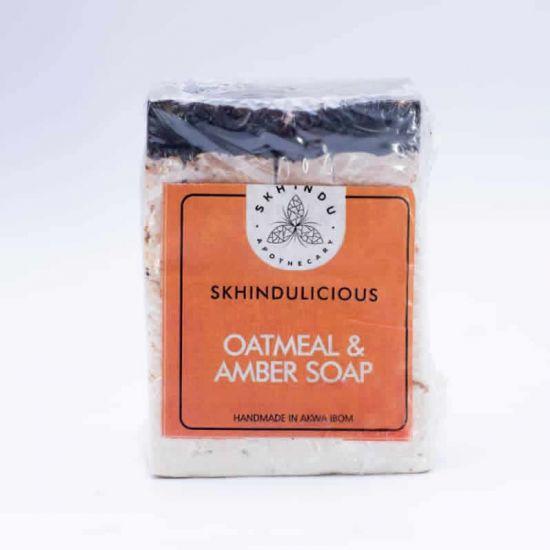 Skhindu Oatmeal And Amber Soap