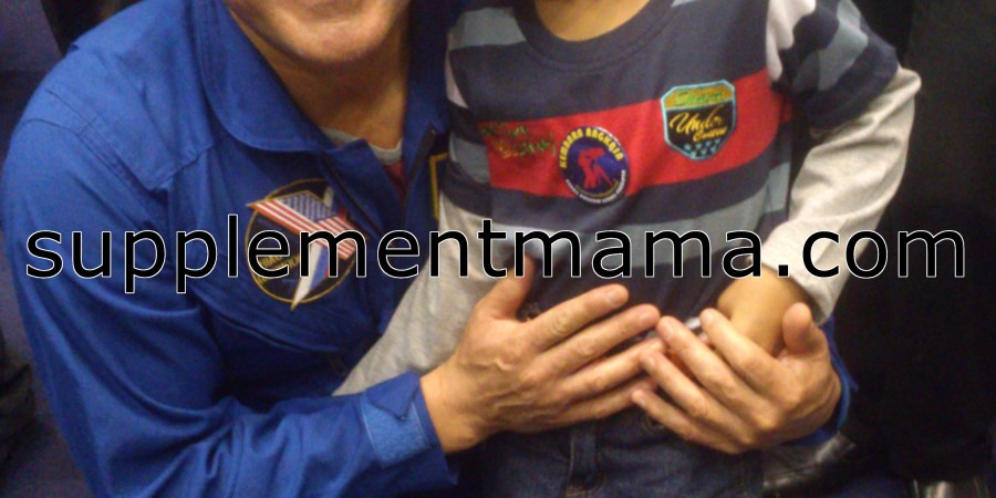 umair n astronout