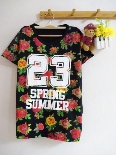 23 Spring Summer Tee (black) - ecer@46rb - seri4pcs(2warna) 168rb - kaos - fit to XL - depan belakang full motif bunga