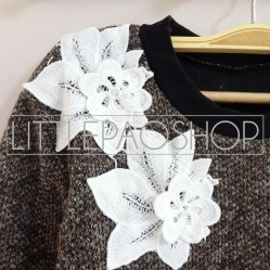 IMPORT - Neck Floral Lacey Sweater (choco) Detail