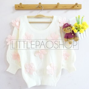 [IMPORT] 3D Flowers Knit Sweater (white) - ecer@110rb - seri5w 525rb - rajut tebal - fit to L
