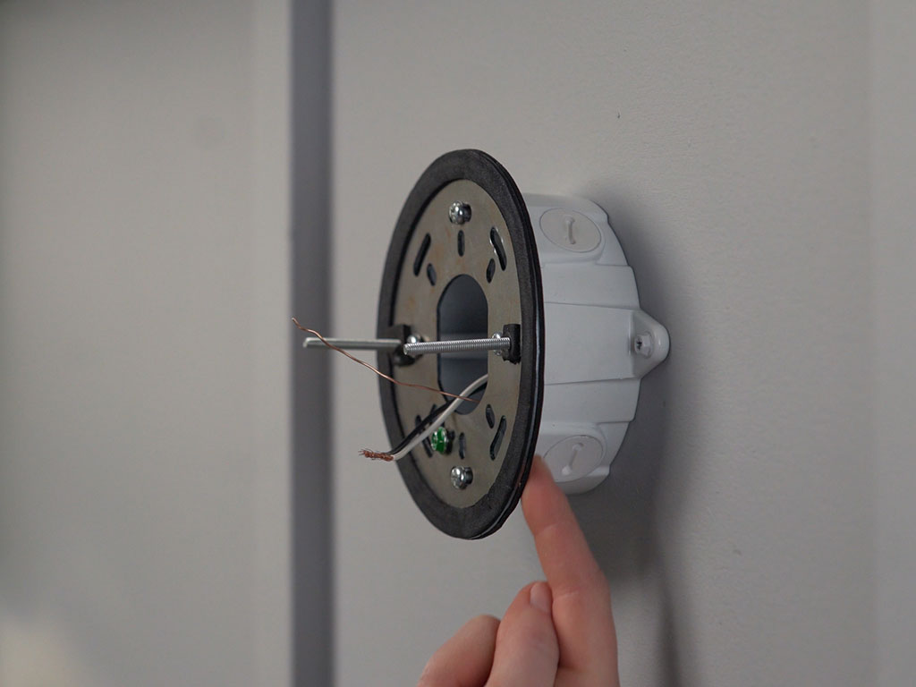 hight resolution of you are now ready to proceed to step 2 wiring your ring floodlight cam