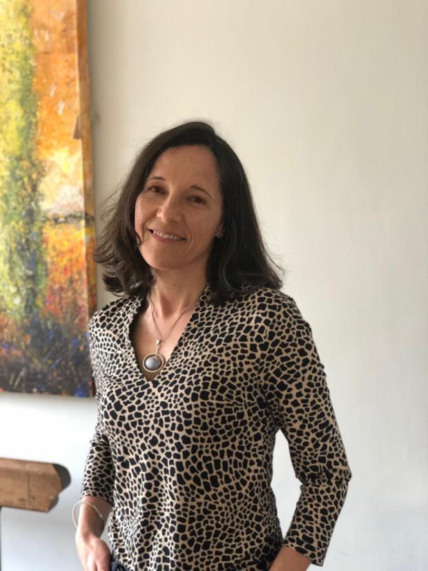 Amanda Savage specialist women's health physiotherapist Cambridge