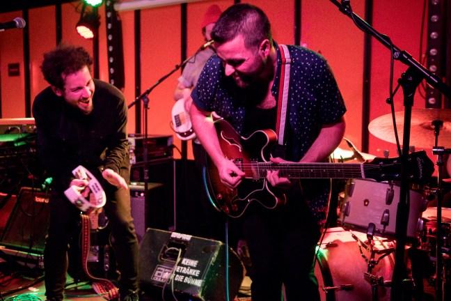 Die Band Mamas Gun live auf der Bühne im Molotow, Hamburg, 13.12.2018.