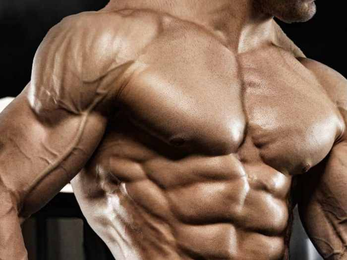 huge-muscular-body-with-dianabol
