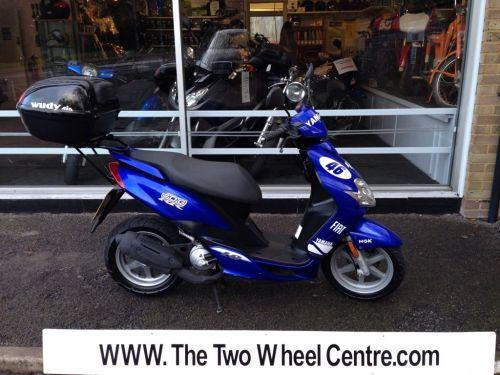 small resolution of yamaha jog r blue 2003 scooter moped top box mot yamaha majesty yamaha fz1