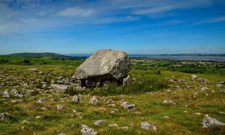 """Photo of Nascimento do Rei Arthur: inscrições em pedra poderiam """"provar"""" que a lenda nasceu na Cornualha"""