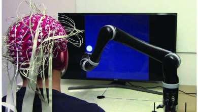 pesquisadores desenvolveram o primeiro braço robótico controlado pela mente
