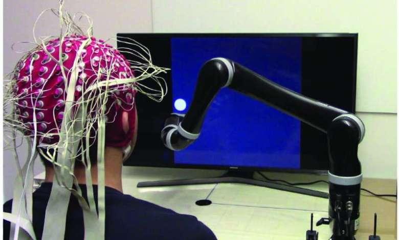 Photo of Primeiro braço robótico não invasivo controlado pela mente