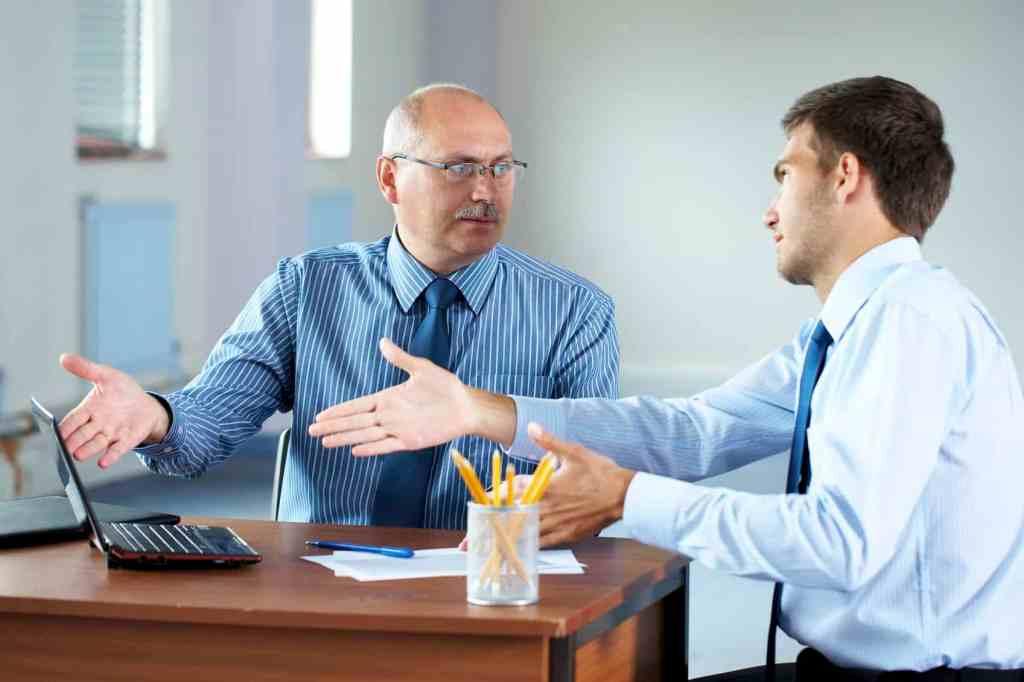 Técnicas para gerenciar sua equipe com conversa