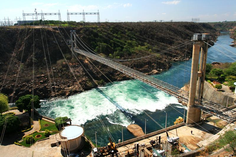 fontes de energia renovável usando a água
