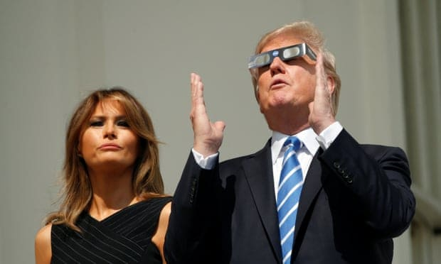 """Trump ataca Nasa e afirma que a lua é """"uma parte"""" de Marte"""