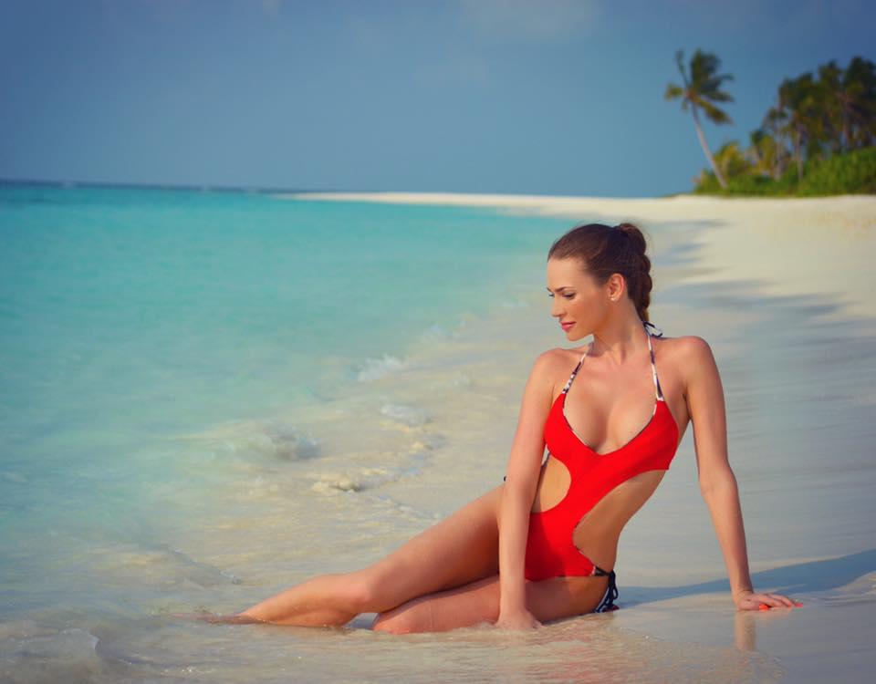 Andrea Verešová na dovolené v plavkách, pokochejte se