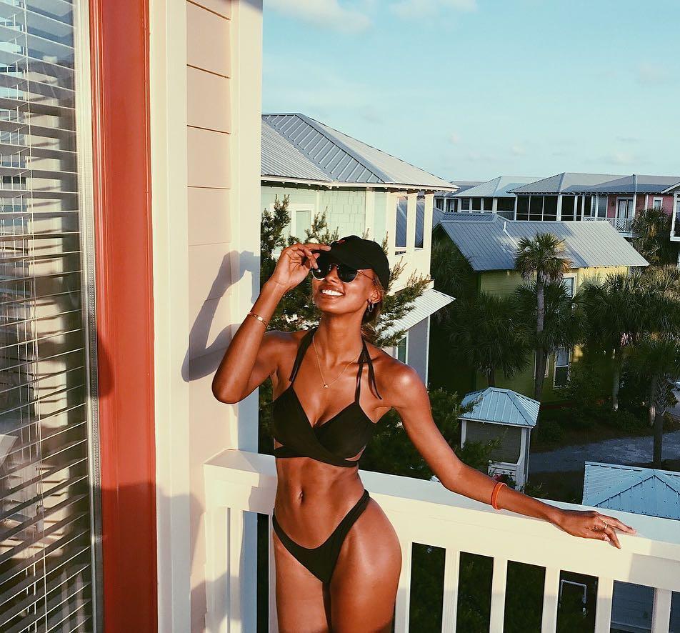 Prázdninová jízda topmodelky Jasmine Tookes