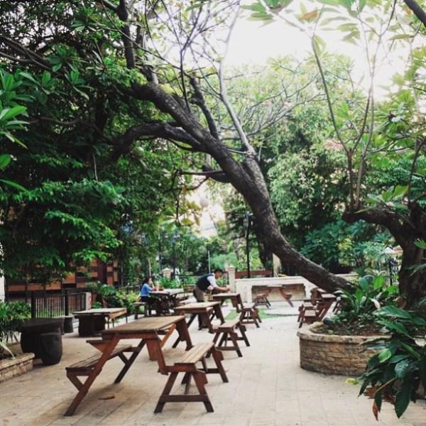 Stilrod Cafe outdoor3