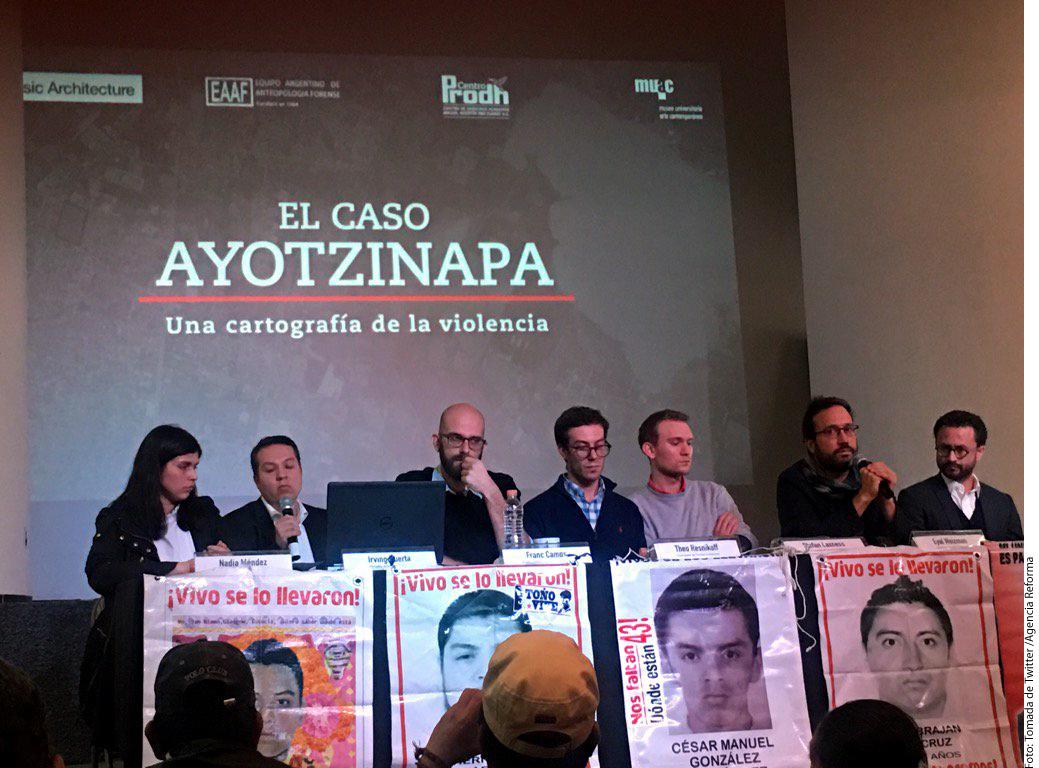 """Reconstruyen caso Ayotzinapa El proyecto, denominado """"Ayotzinapa: una cartografía de la violencia"""", fue presentado hoy.  Publicación: Sep 07 2017  Fotógrafo: Tomada de Twitter Lugar: CIUDAD DE MÉXICO Formato: 1039 x 768 JPG"""