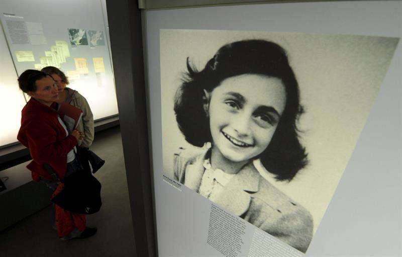 Descubren chistes sexuales en el famoso diario de Ana Frank