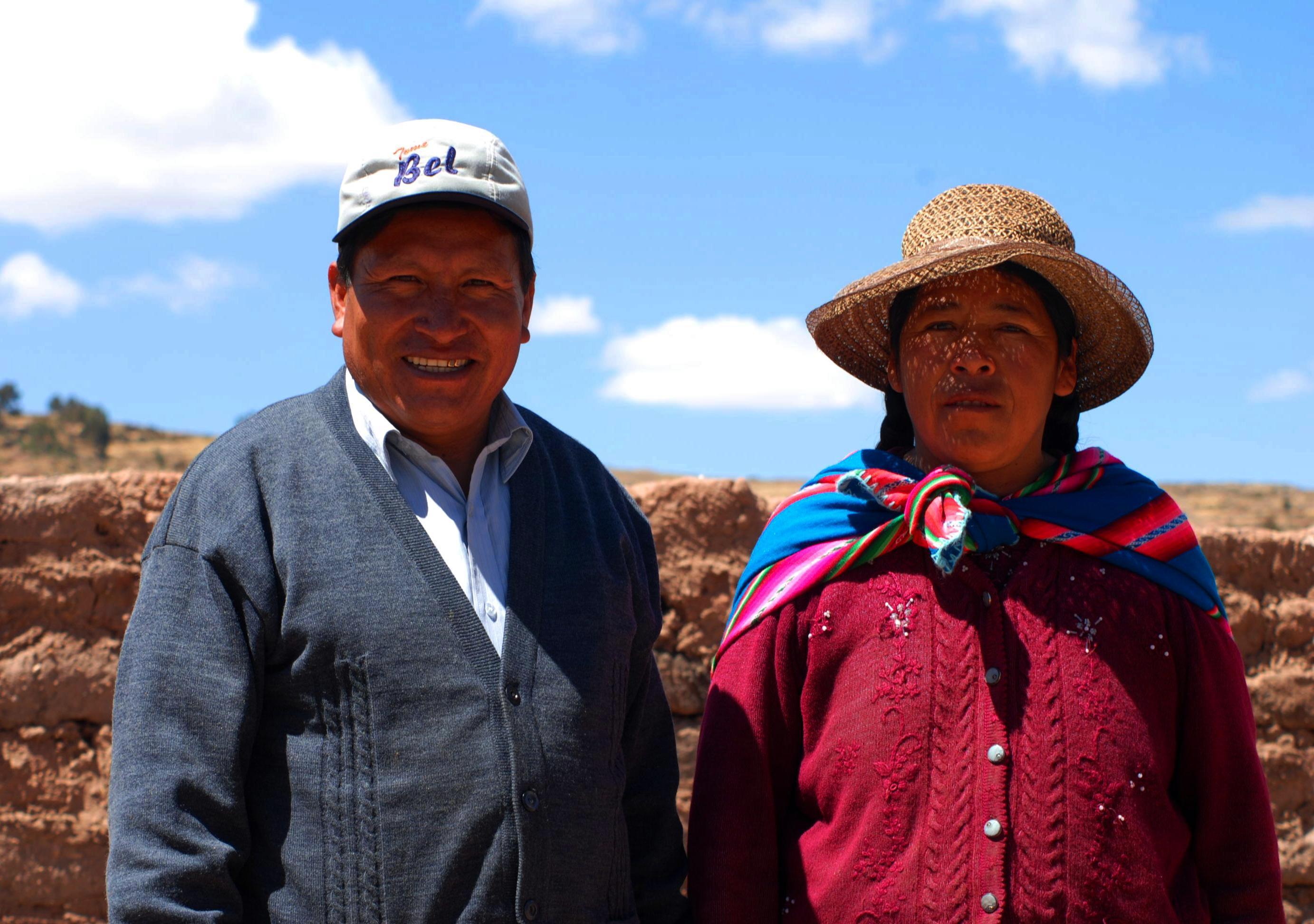 Pastor Antonio y su esposa Pilar