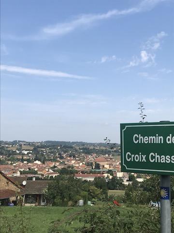 Le Cergne-Charlieu: 16km