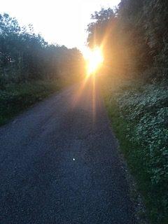 Figeac levée de soleil sur le chemin de Compostelle