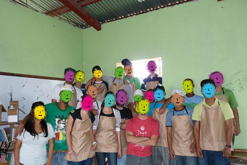Solidaridad universitaria llega a centros penales4