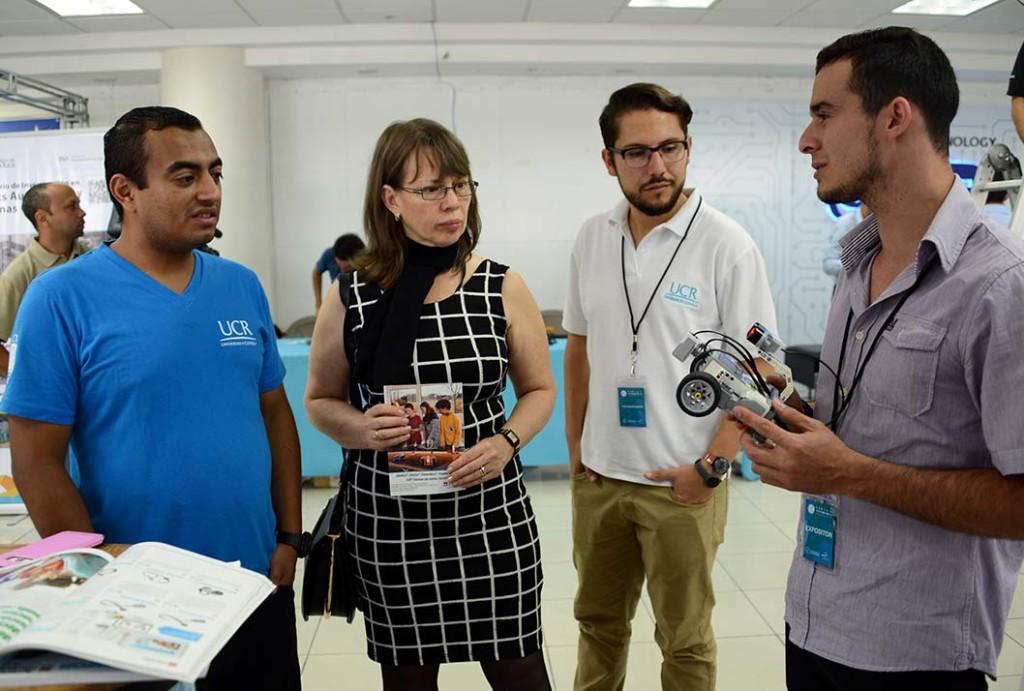 UCR celebro III Feria de Tecnologia3