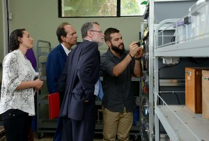 Embajador de Francia visita el Instituto Clodomiro Picado4
