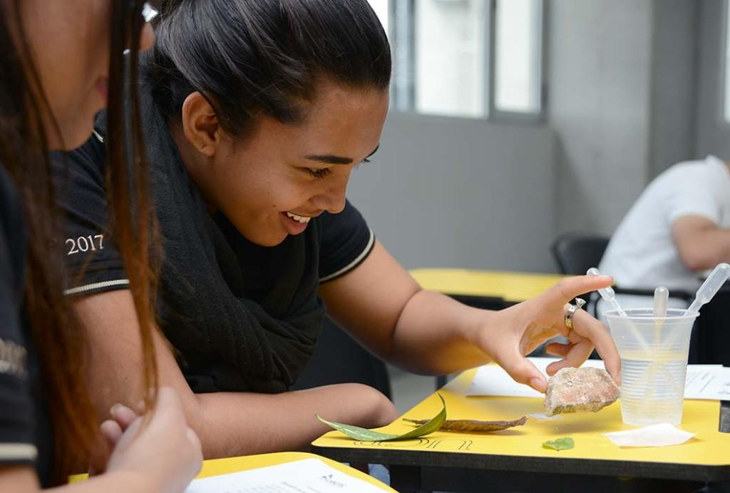 UCR motiva a mas mujeres a estudiar ingenieria8