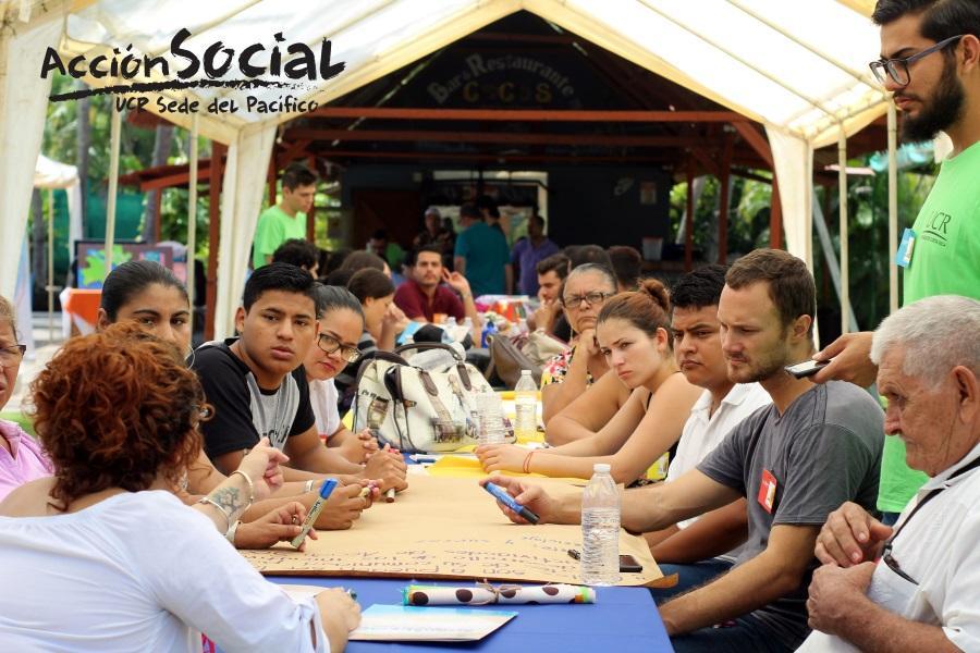 UCR comunidades del Pacifico Central aportan conocimientos a proyectos universitarios2
