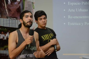 Estudiantes piden cambios en Accion Social
