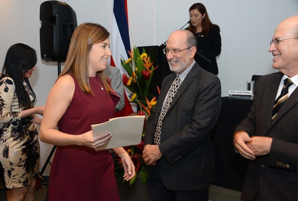 UCR Premio Soto Harrison reconoce excelencia de tesis en Ciencias Sociales Economicas y Derecho2